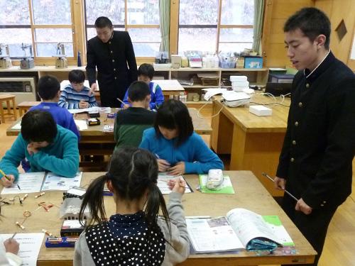 岩手県立黒沢尻工業高等学校の出前授業。